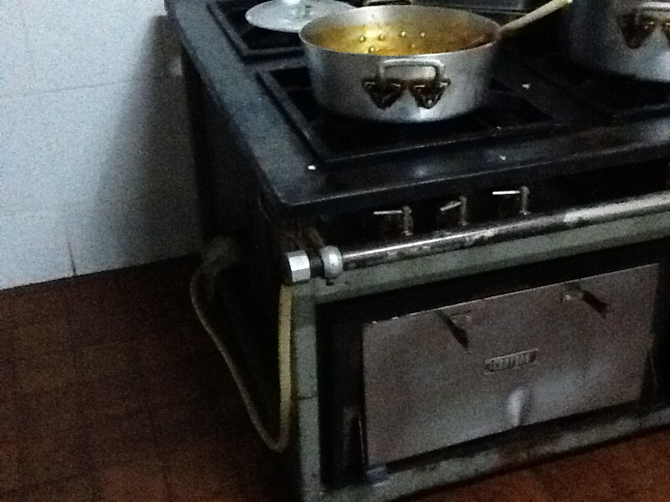RISCO: Mangueira colada a forno em restaurante